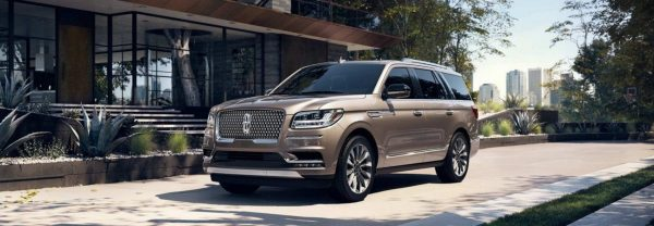 2018 Lincoln Navigator parked in driveway
