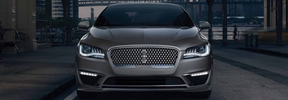 2019 Lincoln MKZ Hybrid Highlights: Efficiency Without ...